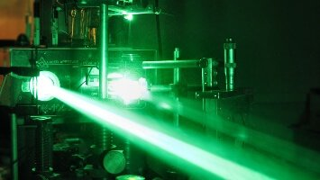 Optronics & Photonics