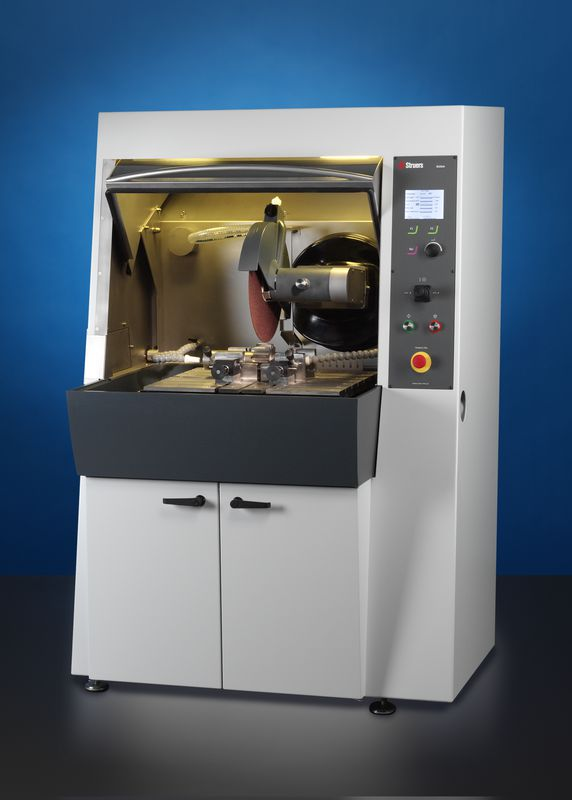 Axitom 5 - highly accurate cutting equipment