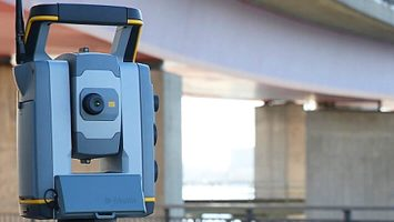 Trimble Total Stations Instruments