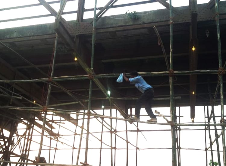 Fixing the targets over the Transverse Girders -Aimil